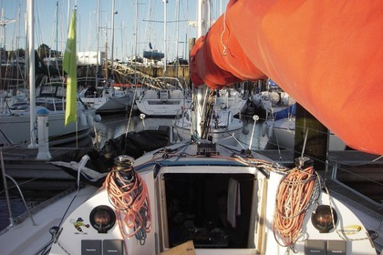 Hire Sailboat JEANNEAU JOD35 Arzon