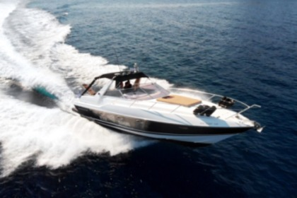 Charter Motorboat Sunseeker 38 Martinique Corfu