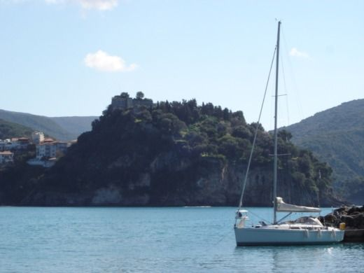 Hanse 400 in Athens for hire