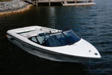 Motorboat Mastercraft Omega 22 for rental