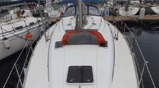 Sailboat BAVARIA 42 Cruiser for hire