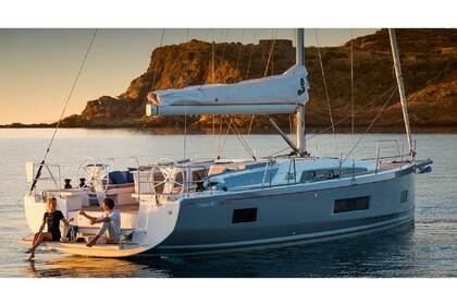 Hire Sailboat BENETEAU Oceanis 46.1 Laurium