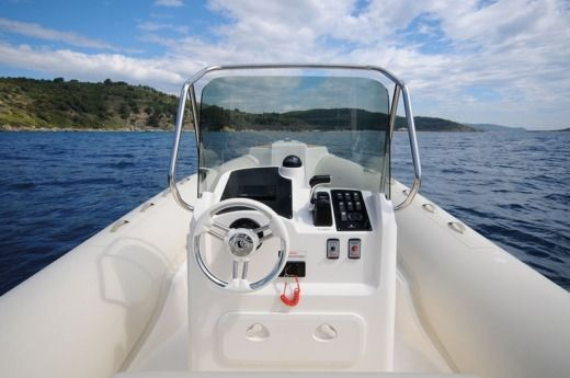 Charter rIB in Saint-Florent peer-to-peer
