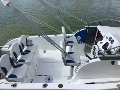 Charter Motorboat Ultramar Shaft 660 Carnon-Plage