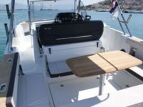 Beneteau Flyer 8.8 Spacedeck in Trogir