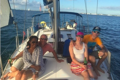 Rental Sailboat BENETEAU OCEANIS 43 Key West