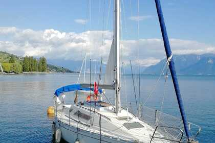 Hire Sailboat BENETEAU First 305 PTE Thonon-les-Bains