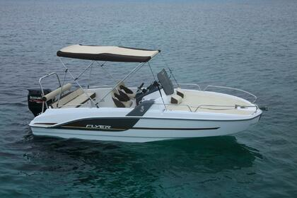 Hire Motorboat Beneteau Flyer 6.6 sundeck Propriano