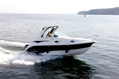 Hire Motorboat Corala 690 Sport Cruiser Gdynia