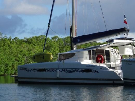 Catamarano FOUNTAINE PAJOT Mahé 36 da noleggiare