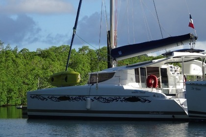 Location Catamaran FOUNTAINE PAJOT Mahé 36 Evolution Le Marin