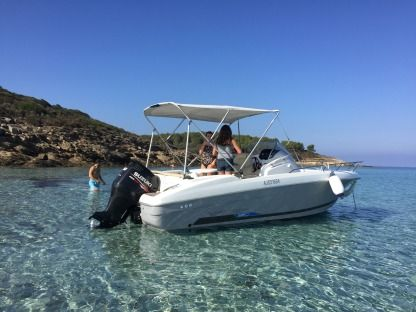 Rental Motorboat Beneteau Flyer 6,5 Saint-Florent