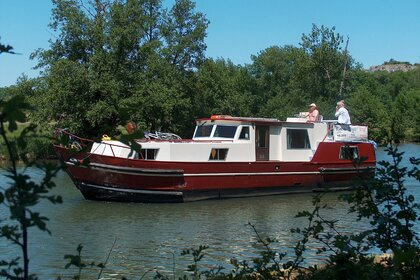 Hire Motorboat France Fluviale Burgundy 1200 Vermenton