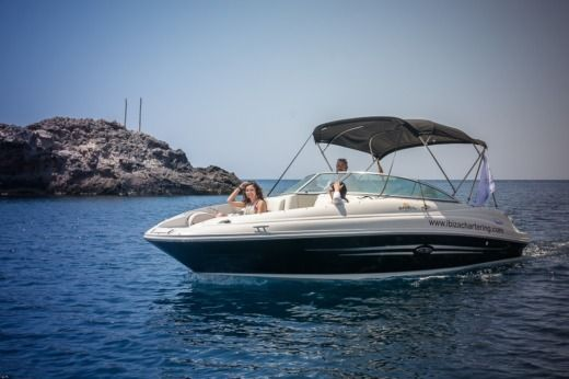 Sea Ray 220 Sundeck in Sant Antoni de Portmany for hire