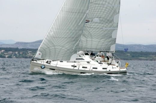 BAVARIA 40 Cruiser Sport in Flamanville for hire