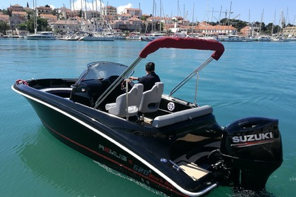 Hire Motorboat Remus 620  Black Line Trogir