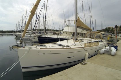 Rental Sailboat DUFOUR 445 Grand Large Šibenik