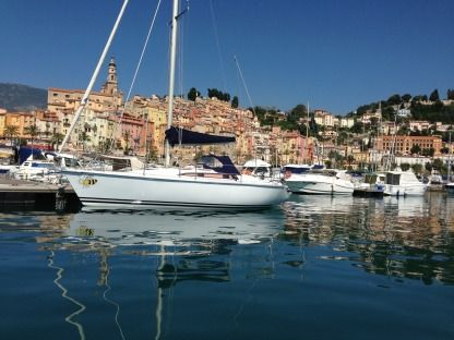 Charter Sailboat Yachting France Jouet 920 Menton