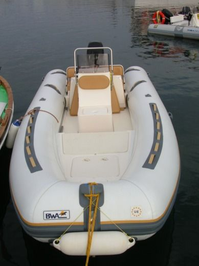 RIB BWA 550 LIMITED - COSTA SMERALDA peer-to-peer