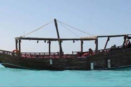 Hire Motorboat Dhow 35 people Dubai