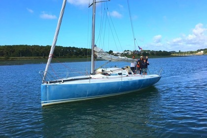 Rental Sailboat STRUCTURES POGO 8.50 Lorient