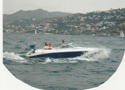 Motorboat Sea Ray 190Cb for hire