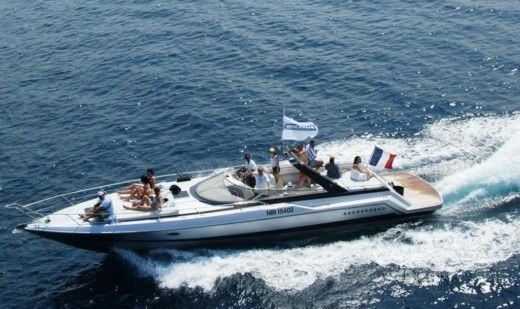 Motorboat Sunseeker Tenderhawk for hire