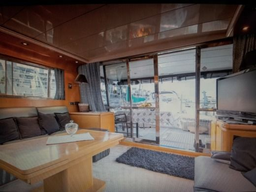 Motorboat San Lorenzo 57 for hire