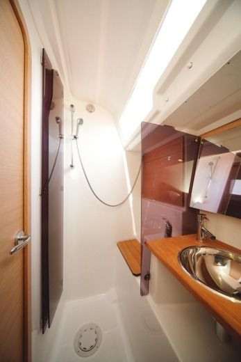 Dufour 410 Grand`Large (3 Cabins, From 2016) à Angra do Heroísmo entre particuliers