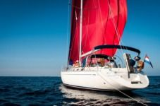 Sailboat Dufour 45 Classic for hire