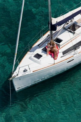 Beneteau Oceanis 31 in Dubrovnik for rental