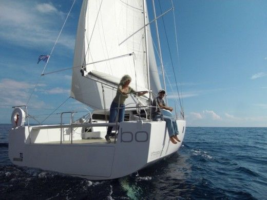 Sailboat Lofboats Loft 40 for hire