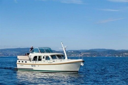 Linssen Grand Sturdy 36.9 AC a Lutry da noleggiare