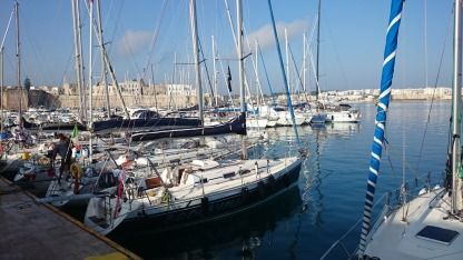 Rental Sailboat Elan 333 Lecce