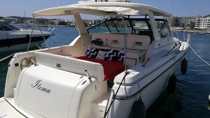 Rental Motorboat Tiara 4000 Express Cambrils
