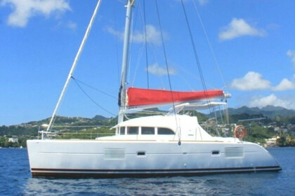 Charter Catamaran Lagoon Lagoon 380 Saint Vincent and the Grenadines