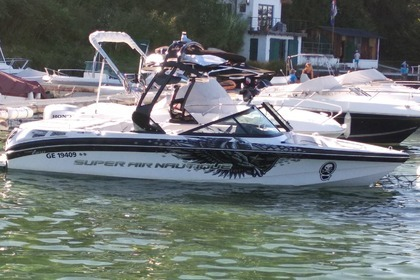 Charter Motorboat CORRECT CRAFT SUPER AIR NAUTIQUE 210 TEAM EDITION Excenevex