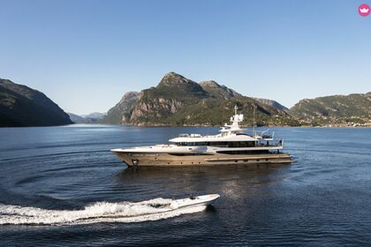 Location Yacht AMELS 180 LIMITED EDITION Cannes