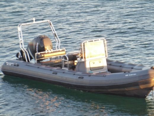 RIB VALIANT DR 750 for hire