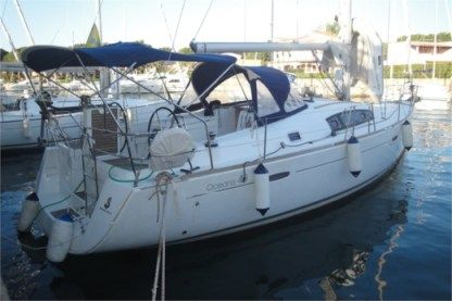 Rental Sailboat Beneteau Oceanis 43 Puntone di Scarlino