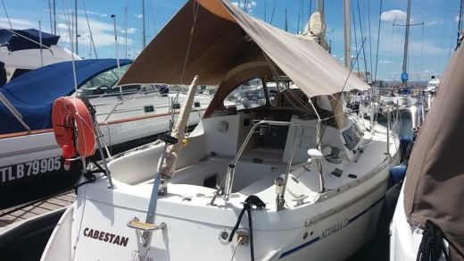 Sailboat Jeanneau Attalia 32 peer-to-peer