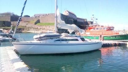 Charter Sailboat Gibert Marine Gibsea 92 Auray