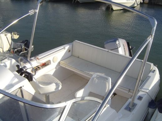 Motorboat QUICKSILVER 5,90 for hire