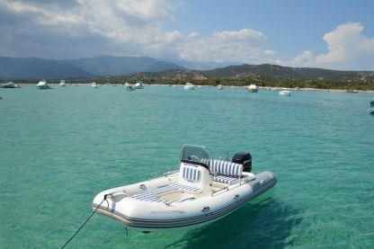 Rental RIB Zodiac Medline 2 Compact Cassis