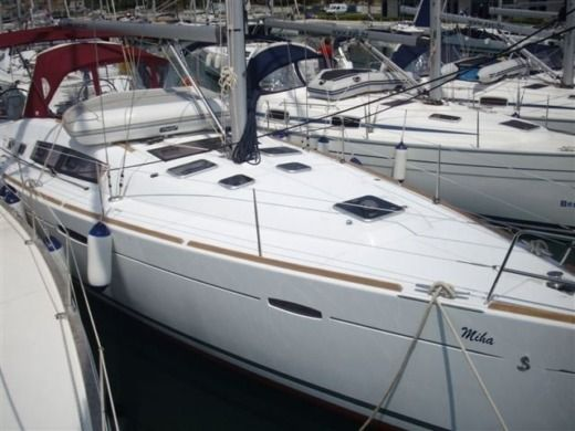 Beneteau Oceanis 46 in Murter for hire
