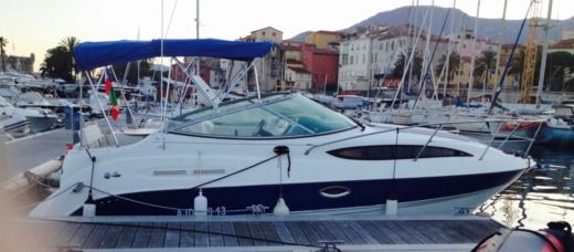 Bayliner 245 Sb in Menton peer-to-peer