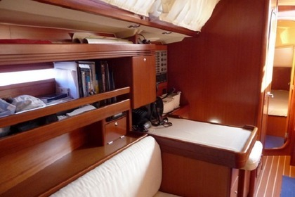 Charter Sailboat DUFOUR 40 performance Salerno