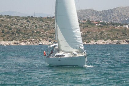 Hire Sailboat Beneteau Oceanis 34 Laurium