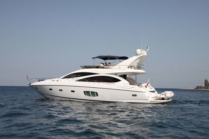 Miete Motorboot Sunseeker Manhattan 70 Msida