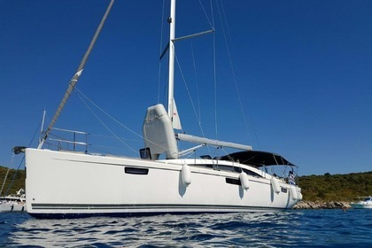 Hire Sailboat BAVARIA Bavaria 46 vision Split